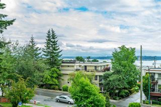 "Photo 2: 412 1442 FOSTER Street: White Rock Condo for sale in ""White Rock Square 111"" (South Surrey White Rock)  : MLS®# R2421026"