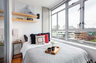 "Photo 10: 703 495 W 6TH Avenue in Vancouver: False Creek Condo for sale in ""LOFT 495"" (Vancouver West)  : MLS®# R2435786"