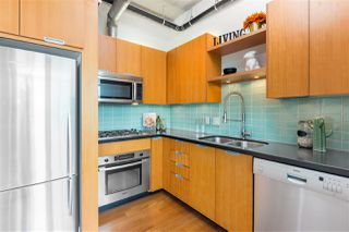 "Photo 7: 703 495 W 6TH Avenue in Vancouver: False Creek Condo for sale in ""LOFT 495"" (Vancouver West)  : MLS®# R2435786"