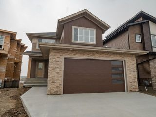 Photo 1: 4135 7 Avenue in Edmonton: Zone 53 House for sale : MLS®# E4189405