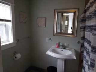 Photo 8: 3192 Hinchey Avenue in New Waterford: 204-New Waterford Residential for sale (Cape Breton)  : MLS®# 202006411