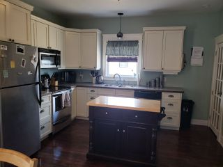 Photo 6: 3192 Hinchey Avenue in New Waterford: 204-New Waterford Residential for sale (Cape Breton)  : MLS®# 202006411