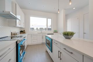 Photo 17: 14724 91 Avenue in Edmonton: Zone 10 House for sale : MLS®# E4198649