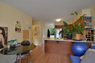 """Photo 6: 105 624 SHAW Road in Gibsons: Gibsons & Area Condo for sale in """"THE ROSEWOOD"""" (Sunshine Coast)  : MLS®# R2462254"""