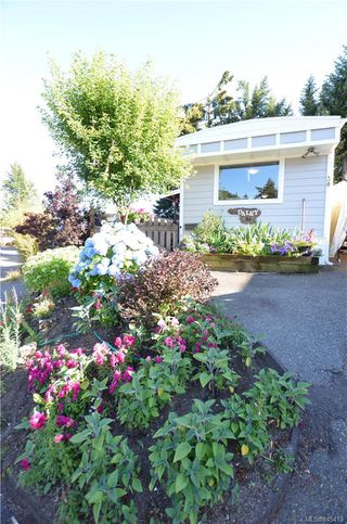 Photo 2: 30 2827 Sooke Lake Rd in : La Goldstream Manufactured Home for sale (Langford)  : MLS®# 845413