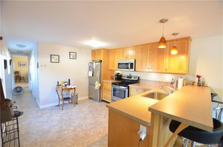 Photo 5: 30 2827 Sooke Lake Rd in : La Goldstream Manufactured Home for sale (Langford)  : MLS®# 845413