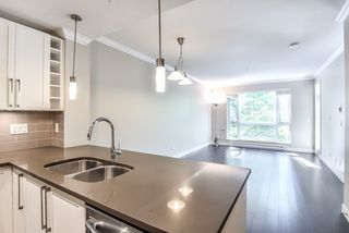 "Photo 4: 207 14358 60 Avenue in Surrey: Sullivan Station Condo for sale in ""Latitude"" : MLS®# R2388464"