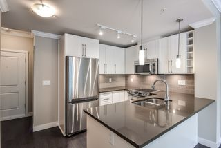 "Photo 5: 207 14358 60 Avenue in Surrey: Sullivan Station Condo for sale in ""Latitude"" : MLS®# R2388464"