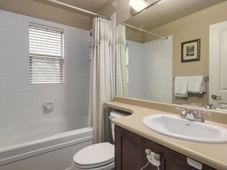 Photo 14: 229 E QUEENS ROAD in North Vancouver: Upper Lonsdale Townhouse for sale : MLS®# R2362718