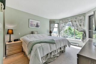 """Photo 11: 302 70 RICHMOND Street in New Westminster: Fraserview NW Condo for sale in """"Governor's Court"""" : MLS®# R2418053"""