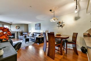 """Photo 4: 302 70 RICHMOND Street in New Westminster: Fraserview NW Condo for sale in """"Governor's Court"""" : MLS®# R2418053"""
