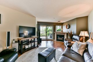 """Photo 7: 302 70 RICHMOND Street in New Westminster: Fraserview NW Condo for sale in """"Governor's Court"""" : MLS®# R2418053"""