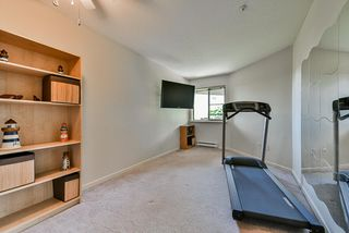 """Photo 15: 302 70 RICHMOND Street in New Westminster: Fraserview NW Condo for sale in """"Governor's Court"""" : MLS®# R2418053"""