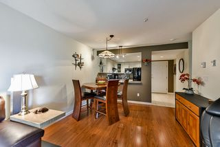 """Photo 6: 302 70 RICHMOND Street in New Westminster: Fraserview NW Condo for sale in """"Governor's Court"""" : MLS®# R2418053"""