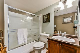 """Photo 10: 302 70 RICHMOND Street in New Westminster: Fraserview NW Condo for sale in """"Governor's Court"""" : MLS®# R2418053"""