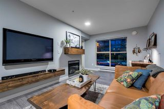 "Photo 2: 215 332 LONSDALE Avenue in North Vancouver: Lower Lonsdale Condo for sale in ""CALYPSO"" : MLS®# R2426646"