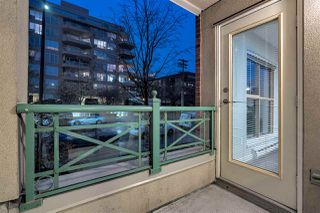 "Photo 15: 215 332 LONSDALE Avenue in North Vancouver: Lower Lonsdale Condo for sale in ""CALYPSO"" : MLS®# R2426646"