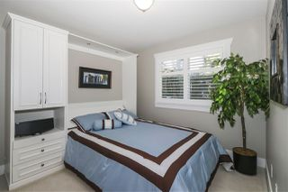 """Photo 13: 13 2780 150 Street in Surrey: Sunnyside Park Surrey Townhouse for sale in """"The Daventry"""" (South Surrey White Rock)  : MLS®# R2443449"""