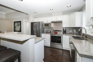 """Photo 1: 13 2780 150 Street in Surrey: Sunnyside Park Surrey Townhouse for sale in """"The Daventry"""" (South Surrey White Rock)  : MLS®# R2443449"""