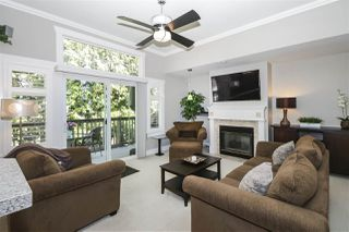 """Photo 4: 13 2780 150 Street in Surrey: Sunnyside Park Surrey Townhouse for sale in """"The Daventry"""" (South Surrey White Rock)  : MLS®# R2443449"""