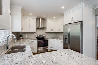 Photo 9: 115 SIERRA MORENA Circle SW in Calgary: Signal Hill Detached for sale : MLS®# C4299539