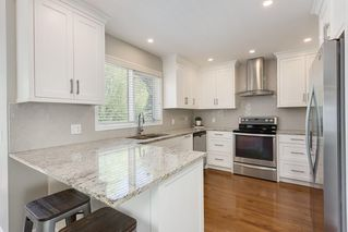 Photo 8: 115 SIERRA MORENA Circle SW in Calgary: Signal Hill Detached for sale : MLS®# C4299539