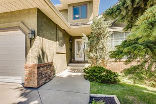 Photo 2: 115 SIERRA MORENA Circle SW in Calgary: Signal Hill Detached for sale : MLS®# C4299539
