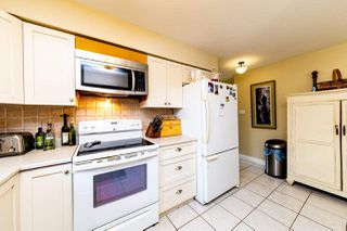 Photo 10: 13735 BLACKBURN Avenue: White Rock House for sale (South Surrey White Rock)  : MLS®# R2477840