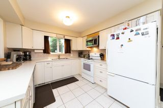 Photo 6: 13735 BLACKBURN Avenue: White Rock House for sale (South Surrey White Rock)  : MLS®# R2477840