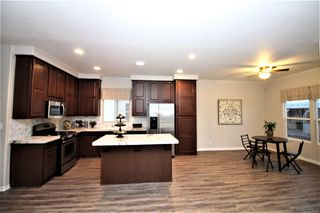Photo 4: CARLSBAD WEST Manufactured Home for sale : 3 bedrooms : 7118 San Bartolo #3 in Carlsbad