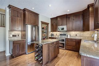 Main Photo: 30 TUSCANY ESTATES Point NW in Calgary: Tuscany Detached for sale : MLS®# A1033378