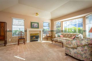 "Photo 5: 13 7955 122 Street in Surrey: West Newton Townhouse for sale in ""Scottsdale Village"" : MLS®# R2511774"