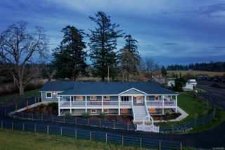 Photo 31: 879 Dooley Rd in : SE Cordova Bay House for sale (Saanich East)  : MLS®# 862065