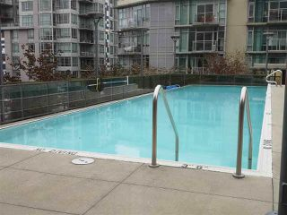 "Photo 17: 615 38 W 1ST Avenue in Vancouver: False Creek Condo for sale in ""The One"" (Vancouver West)  : MLS®# R2527576"
