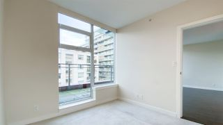 "Photo 10: 615 38 W 1ST Avenue in Vancouver: False Creek Condo for sale in ""The One"" (Vancouver West)  : MLS®# R2527576"