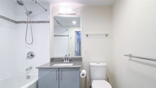"""Photo 11: 615 38 W 1ST Avenue in Vancouver: False Creek Condo for sale in """"The One"""" (Vancouver West)  : MLS®# R2527576"""