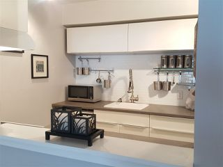 Photo 7: 203 607 E 8TH AVENUE in Vancouver: Mount Pleasant VE Condo for sale (Vancouver East)  : MLS®# R2374774