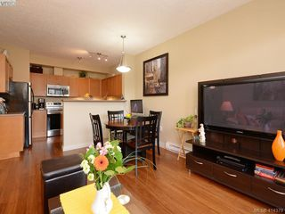 Photo 4: 206 820 Short St in VICTORIA: SE Quadra Condo Apartment for sale (Saanich East)  : MLS®# 821875