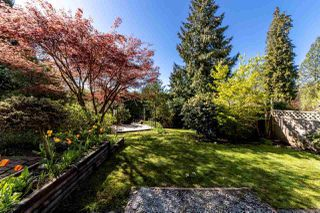 Photo 19: 4675 LOCKEHAVEN Place in North Vancouver: Deep Cove House for sale : MLS®# R2410894