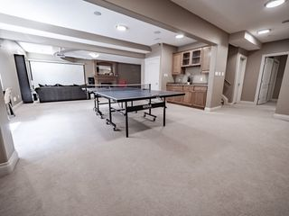 Photo 39: 730 BUTTERWORTH Drive in Edmonton: Zone 14 House for sale : MLS®# E4182576