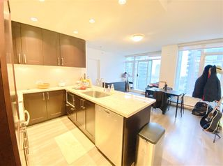"Photo 3: 1902 821 CAMBIE Street in Vancouver: Downtown VW Condo for sale in ""RAFFLES"" (Vancouver West)  : MLS®# R2432183"