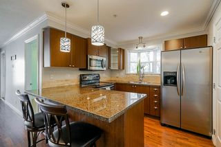 """Photo 4: 306 5474 198 Street in Langley: Langley City Condo for sale in """"Southbrook"""" : MLS®# R2445001"""