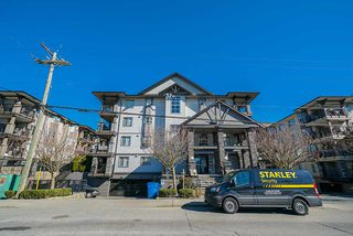 """Photo 18: 306 5474 198 Street in Langley: Langley City Condo for sale in """"Southbrook"""" : MLS®# R2445001"""