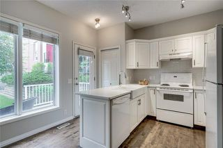 Photo 13: 130 INVERNESS Square SE in Calgary: McKenzie Towne Row/Townhouse for sale : MLS®# C4302291