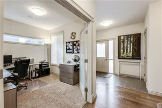 Photo 5: 66 ASPENSHIRE Place SW in Calgary: Aspen Woods Detached for sale : MLS®# C4303344