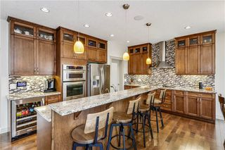 Photo 10: 66 ASPENSHIRE Place SW in Calgary: Aspen Woods Detached for sale : MLS®# C4303344