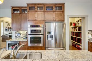 Photo 11: 66 ASPENSHIRE Place SW in Calgary: Aspen Woods Detached for sale : MLS®# C4303344