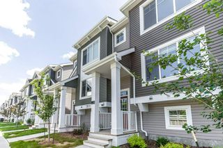 Photo 1: 16 1391 Starling Drive in Edmonton: Zone 59 Townhouse for sale : MLS®# E4203582