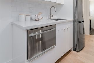 "Photo 11: 201 2025 W 2ND Avenue in Vancouver: Kitsilano Condo for sale in ""THE SEABREEZE"" (Vancouver West)  : MLS®# R2470934"
