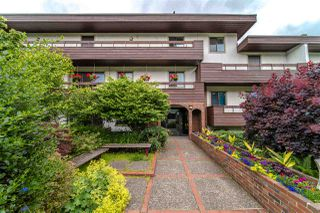 "Photo 34: 201 2025 W 2ND Avenue in Vancouver: Kitsilano Condo for sale in ""THE SEABREEZE"" (Vancouver West)  : MLS®# R2470934"